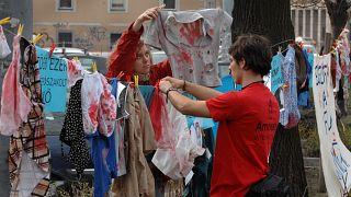 A nőket érő erőszak elleni tiltakozások egyike Budapesten