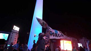 Tributos a Maradona unem Buenos Aires