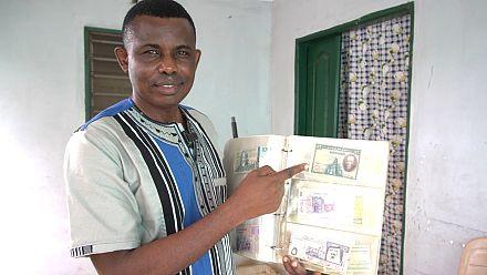 Nestor Yawovi Kogon, professeur d'anglais et numismate passionné