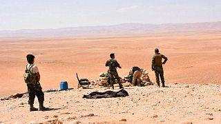 گروهی از شبهنظامیان هوادار حکومت سوریه در استان دیرالزور (عکس از آرشیو)