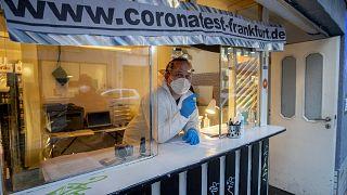 Trübe Aussichten: Deutschland überschreitet Millionengrenze an Infektionen