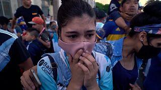 شاهد: مراسم دفن خاصة للأسطورة الكروية دييغو مارادونا
