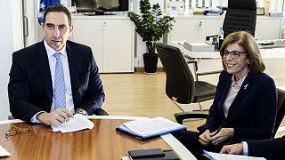 Ο υπουργός Υγείας της Κύπρου με την Επίτροπο Υγείας της ΕΕ