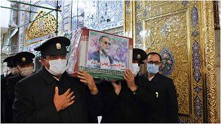 من مراسم تشييع العالم الإيراني