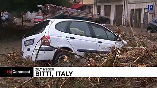 شاهد: الفيضانات تضرب سردينيا في إيطاليا وتقارير تتحدث وفاة 3 أشخاص على الأقل