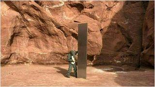 المسلة التي اكتشفت في صحراء أمريكية