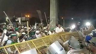 Επεισόδια αγροτών με την αστυνομία λίγο έξω από το Νέο Δελχί