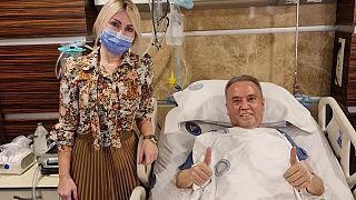 Akdeniz Üniversitesi Hastanesinde koronavirüs tedavisi gören ve uzun süre yoğun bakımda kalan Antalya Büyükşehir Belediye Başkanı Muhittin Böcek taburcu edilecek