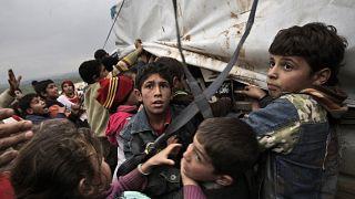 أطفال سوريون فروا من منازلهم في أطمة، سوريا