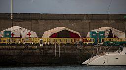 El muelle de Arguineguín mantendrá unas carpas de Cruz Roja para la primera acogida de migrantes