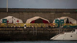 El muelle de Arguineguín al sur de la isla de Gran Canaria