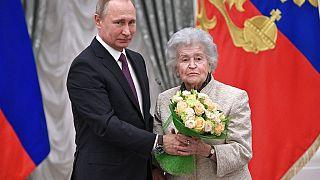 Wladimir Putin mit Irina Antonowa 2017
