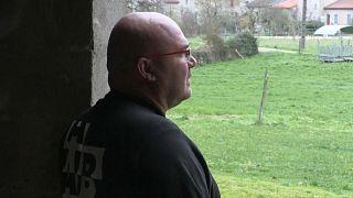 Matthieu Marcon, dans son exploitation