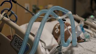مركز بروفيدنس هولي كروس الطبي في مستشفى ميشن هيلز في لوس أنجلس.