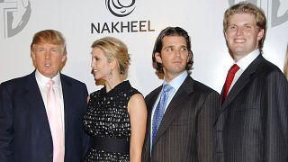 Donald Trump, kızı Ivanka Trump, büyük oğlu Donald Trump Jr ve diğer oğlu Eric Trump (AP)