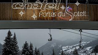 La estación de esquí cerrada de 'Portes du Soleil' en Chatel, Francia 1/12/2020