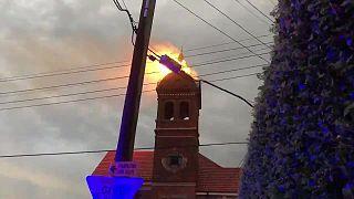صاعقة تضرب بج كنيسة أثري في أستراليا