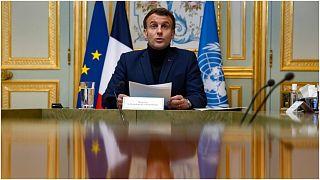 الرئيس الفرنسي خلال إلقائه لكلمته في مؤتمر دعم لبنان