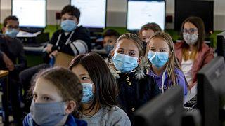 Covid-19 impõe novo modelo de aulas na Alemanha