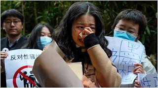 تشو تشاوشوين التي حركت دعوى قضائية ضد النجم التلفزيوني