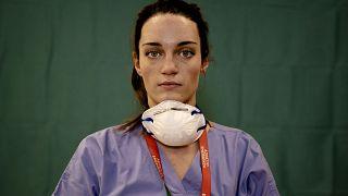 Covid-19 : un prix récompense le travail des infirmières européennes