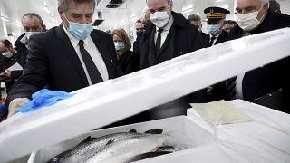 Jean Castex visita pescadores de Boulogne-sur-Mer