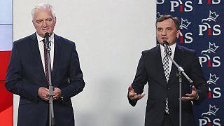 Baloldalt Jaroslaw Gowin lengyel minsizterelnök-helyettes