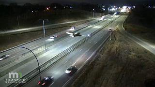 Dramatisches Video: Notlandung mitten auf der Autobahn