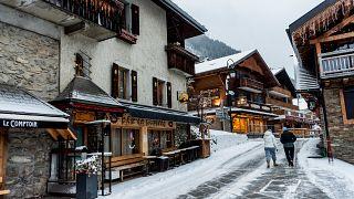 Virus Outbreak France Switzerland