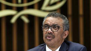 """DSÖ Genel Direktörü Dr. Tedros Adhanom Ghebreyesus, """"Covid-19 salgınının hala uzun bir yolu var."""" dedi."""
