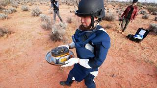 A capsule dropped by Hayabusa2 is collected in the Australian outback