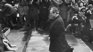 Willy Brandts Kniefall in Warschau am 7. Dezember 1970