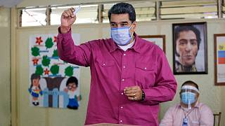 مادورو بعد الإدلاء بصوته في الانتخابات التشريعية