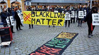 مظاهرة تنادي بحماية السود