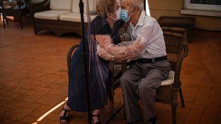 Свидание в доме престарелых. Барселона