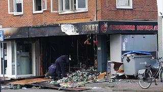 تفجيران في سلسلة سوبرماركت - هولندا