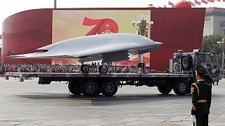 Çin'in yeni nesil nükleer başlıklı siahlarından bir kare.