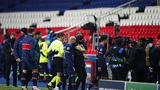 """""""Нет расизму!"""" - УЕФА заменил судей"""