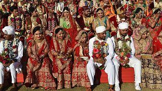 Hindistan'da toplu düğün