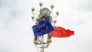 پرچم چین و اتحادیه اروپا