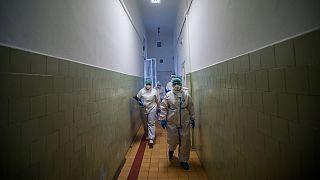 Koronavírus - Szent János Kórház