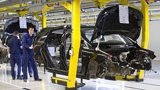 Autógyár Magyarországon