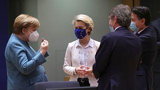 بروكسل - قادة الاتحاد الأوروبي يعقدون قمة مثقلة بالقضايا الساخنة