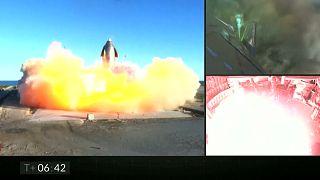 """شاهد: النموذج الأوليّ لصاروخ """"ستارشيب"""" أقلع وارتفع... ثم انفجر"""