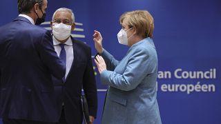 """Cimeira da UE: Otimismo sobre desbloqueio da """"bazuca"""" orçamental"""