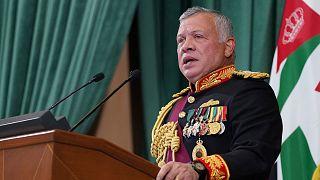 افتتاح العاهل الأردني الملك عبد الله الثاني الدورة التاسعة عشرة غير العادية لمجلس النواب بخطاب في عمان