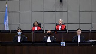 Eski Lübnan Başbakanı Refik Hariri suikastı davasıyla ilgili kararını açıklayan BM Lübnan Mahkemesi, Lahey