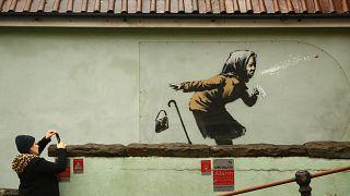 """جدارية بانكسي الأخيرة حملت عنوان """"أتشو"""""""