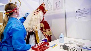 Aziz Nicolas temsili kişi test ediliyor