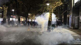Il saccheggio notturno di Tirana